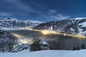 winter_zell_am_see_at_night